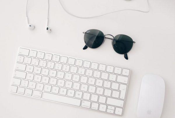 Visuel contact (clavier + lunettes de soleil) AFPSA